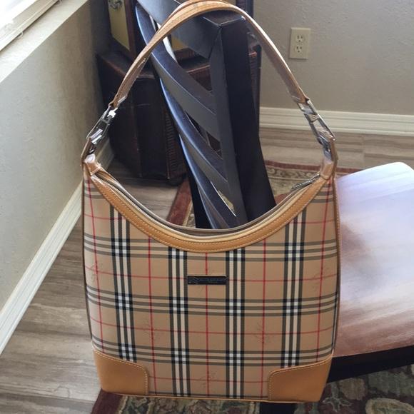 Burberry Bags   Authentic London Purse   Poshmark e9e36504b0